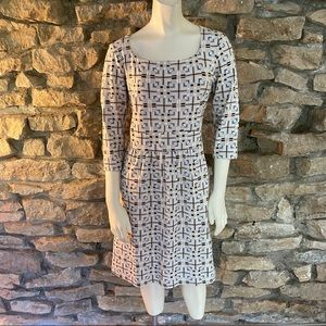 J. McLaughlin Dresses - J.McLaughlin Long Sleeved Knit Dress Size Medium